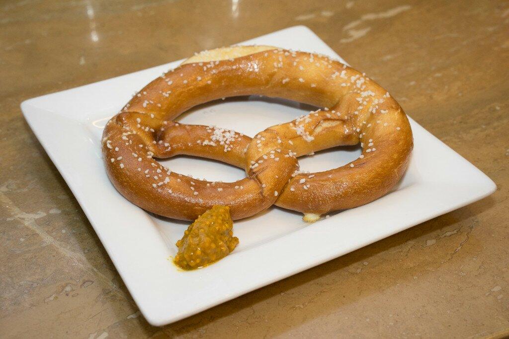 pretzel-DSC01385